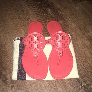Tory Burch Coral/Salmon Miller Leather Sandals EUC